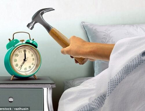 How to Wake Up Without Hitting the Snooze Button